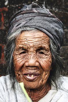 #Granny in #Bali #Motherstemple #Besakih