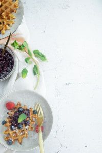 Yogurt waffles with blueberries  - Yoghurt wafels met blauwe bessen