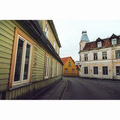 Streets of Haapsalu in Estonia. Photo by Dmitri Korobtsov.