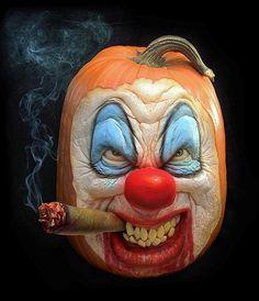 Afbeelding: Griezelige Halloween-pompoenen (© Ray Villafane/Barcroft Media)