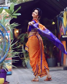 I have put on weight But I don't regret 'Cause curves are what Make woman look perfect . Gudipadwa special✨ Photography by Beautiful Girl Indian, Beautiful Girl Image, Beautiful Saree, Beautiful Indian Actress, Beautiful Actresses, Kashta Saree, Saree Poses, Silk Sarees, Marathi Saree