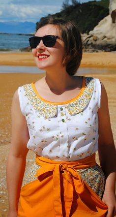 Spring Colette Sorbetto top. Bee fabric and Peter Pan collar. Yellow Miette skirt. The Cherry Dress