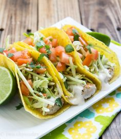 Super Easy Grilled Fish Tacos with White Sauce
