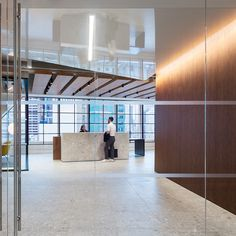 CONFIDENTIAL CONSULTING FIRM – CUSTOM MILLWORK LOCATION:New York, NY ARCHITECT:Gensler FINISH:Parisian Rust MATERIAL:1mm Aluminum Skin Laminated to MDF Backer PHOTO CREDIT:Devon Banks from NYC