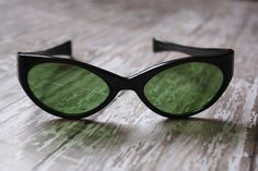 1950's Vintage Black Rockabilly Cat Eye Sunglasses Made in Italy by pursuingandie on Etsy, $51.50