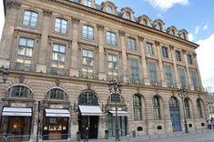Hôtel Bataille de Francès - Place Vendôme — Wikipédia