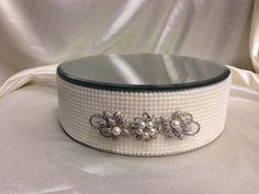 Perlas de imitación y pastel de boda broche por CrystalWeddingUK, £45,00