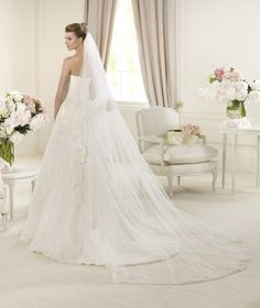 Pronovias presents the Udine bridal dress. Costura 2013.   Pronovias