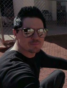 Zak....shades and all
