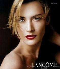 Kate Winslet Rouge à lèvre Absolu nu pour Lancôme pub video Celebrity Faces, Celebrity Crush, Most Beautiful Women, Beautiful People, Divas, Blond, Portraits, Kate Winslet, True Beauty