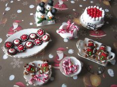 Christmas miniature food by Vocalist-RedSpade.deviantart.com on @deviantART