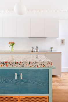 Nougat-effect terrazzo for London kitchen - Diespeker and Co