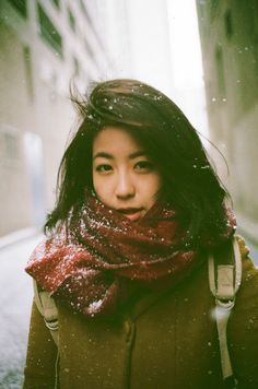 Toronto Street Fashion © Photos by Lian & Qin Leng Analog camera: Leica M6 Film: Fuji X-TRA Superia 400