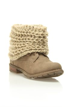 Cute cable knit boot! Love them