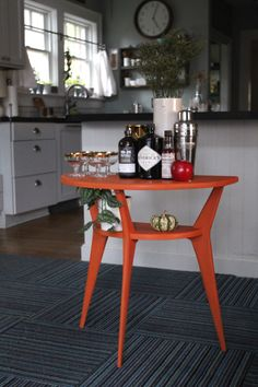 Beautiful MidCentury Modern inspired table painted with Chalk Paint® by Annie Sloan in Barcelona Orange Orange Furniture, Retro Furniture, Furniture Decor, Annie Sloan Painted Furniture, Annie Sloan Paints, Orange Table, Bohemian Interior Design, Bohemian Furniture, Mid Century Furniture