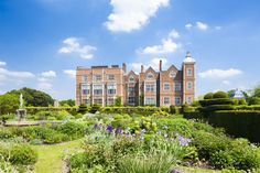 Eight stately home and manor house wedding venues in the UK English Manor Houses, English House, Hatfield House, Work Travel, Historic Homes, Great Britain, Places To See, Countryside, United Kingdom