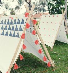 spielplatz für kinder mit DIY zelt im garten