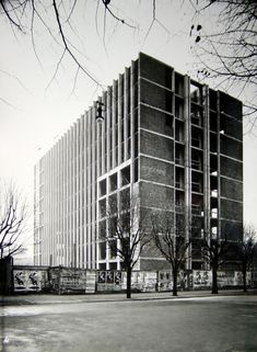 Palazzo per uffici per la sede della società De Angeli Frua, Milano