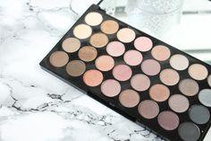 Make Up Revolution Beyond Flawless Palette - Das ausführliche Review findest du nach dem Klick auf den Bloglink!