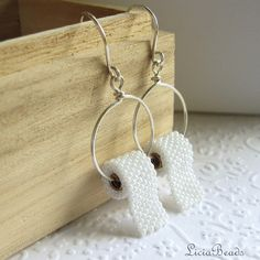 Perlen Ohrringe in Toilettenpapier hingegen können Sie 2 Wochen vor dem Versand