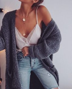 """340 curtidas, 1 comentários - Impeccable Style (@impeccable.style) no Instagram: """"This outfit is lovely ❤ #senstylable #streetstyle #instapic #winterfashion #bloggerlife #instalove…"""""""