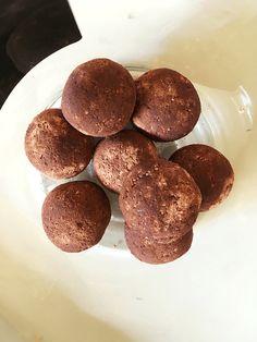 Raw chocolate ginger bliss balls