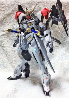 Barbatos Lupus, Blood Orphans, Gundam Toys, Ford Mustang Shelby Gt, Gundam Mobile Suit, Arte Cyberpunk, Gundam Custom Build, Sword Fight, Mecha Anime