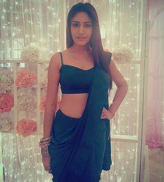 Surbhi Chandna's saree look is too hot to handle Saree Draping Styles, Saree Styles, Indian Attire, Indian Wear, Indian Style, Indian Dresses, Indian Outfits, Saree Jackets, Sari Dress