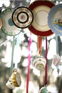 Another way to use plate hanging wires.