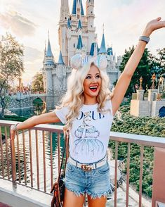 Walt Disney World - Experiencias para adultos en Disney - love & labels - Walt Disney World – Experiencias para adultos en Disney – love & labels Imágenes ef - Disney World Outfits, Cute Disney Outfits, Disneyland Outfits, Disney World Vacation, Disney Trips, Walt Disney World, Disney Inspired Outfits, Disney Travel, Disney Fashion