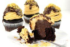 Peanut Butter Fudge Stuffed Cupcakes