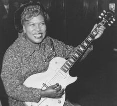 Why We Keep Rediscovering the Flamboyant Godmother of Rock Sister Rosetta Tharpe Was Buried in an Unmarked Grave, But Now She's a YouTube Sensation