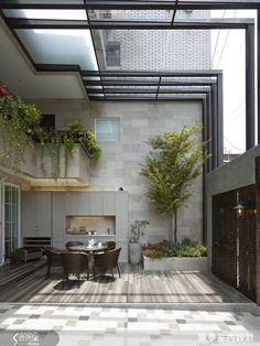via heavywait - modern design architecture interior design home decor & Patio Interior, Interior And Exterior, Garage Exterior, Exterior Remodel, Interior Modern, Indoor Garden, Home And Garden, Garden Oasis, Family Garden