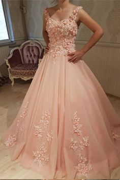 Chic Lace Flowers Embroidery Sweetheart Tulle Quinceanera Dresses,Blush Pink Appliques Beaded Sweet 16 Dresses,Lace Back Prom Party Ball Gown Long Prom Dresses Uk, Burgundy Homecoming Dresses, Lace Evening Dresses, Wedding Dresses, Gown Wedding, Lace Wedding, Tulle Ball Gown, Ball Gowns Prom, Tulle Prom Dress