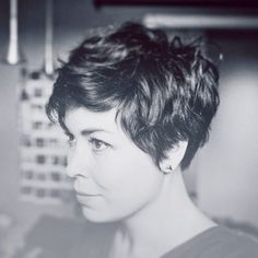 60 Awesome Pixie Haircut For Thick Hair 62