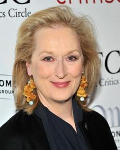 Meryl Streep Hairstyle, Makeup, Dresses, Shoes and Perfume.