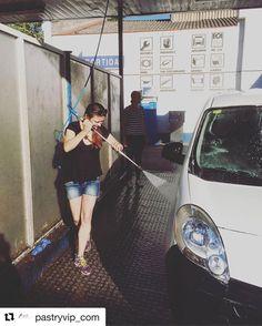 #Repost @pastryvip_com  Los findes tambien toca descansar y de paso limpiar y refrescar el coche para el comienzo de la semana !! ---- В выходные надо тоже отдыхать но так же помыть и освежить рабочую машину для начало новый недели!! ---- Программа Курсов 2016: http://ift.tt/1TYQtGY ---- Maria Selyanina's House-Pastry Lab. http://ift.tt/1tH36ZR Campus Online www.pastrycampus.com Tienda eCommerce www.pastryvip.com Patrocinar la Escuela http://ift.tt/1MVLIfi (34) 931224646 @maria_selyanina…