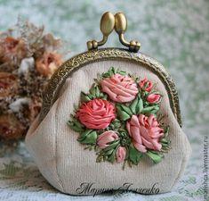 """Купить Кошелёк """"Кораловые розы"""" - коралловый, цветочный, Вышивка лентами, розы, кошелек, кошелек с фермуаром"""