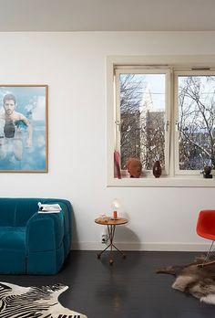 arflex strips sofa in turquoise