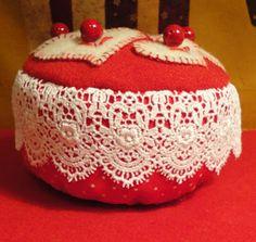 Liz's free pattern for her pincushion