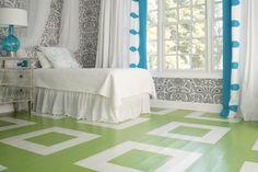 Piso pintado de verde