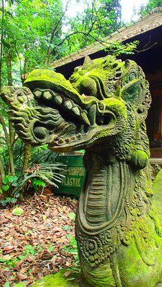 Sculpture Art, Sculptures, Balinese Garden, Scenic Photography, Ancient Ruins, Fantasy Landscape, Ancient Architecture, Stone Carving, Asian Art