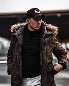 """Joachim on Instagram: """"In any moment of decision, the best thing you can do is the right thing.  The next best thing is the wrong thing. The worst thing you can…"""" Cold Weather Outfits, Winter Outfits, Casual Outfits, Black Love, Smart Casual, You Can Do, Mens Suits, Baseball Cap, Men Fashion"""