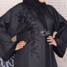 Image may contain: one or more people Modest Fashion Hijab, Niqab Fashion, Kurti Embroidery Design, Embroidery Fashion, Eid Outfits Pakistani, New Abaya Style, Abaya Designs Dubai, Stylish Kurtis Design, Kaftan Pattern