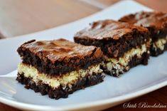 SÜTIK BIRODALMA: Kókuszos brownie / Brownie with coconut Coconut Brownies, Mousse, Smoothie, Muffin, Food, Eten, Moose, Smoothies, Cupcakes