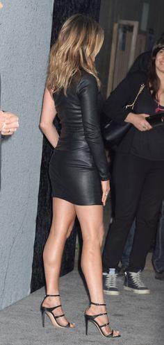 Jennifer aniston sexy Dress | Jennifer Aniston Looks Incredible In A Tight Dress – Free Sex Photo ...