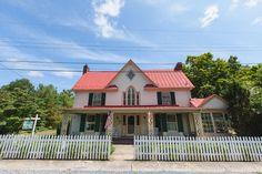 Hummingbird Inn | Lexington, VA Photographers | Bill and Kyla