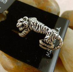 Silver Tiger ear cuff, earhugger brand, LSU, Clemson or Auburn fan