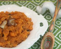 What a delicious way to eat sweet potatoes - Roasted Sweet Potato, Onion and Garlic Mash www.fooddonelight.com #sweetpotatorecipe
