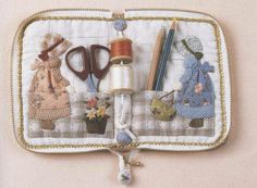 Interior of PDF Pattern of Sunbonnet Sue sewing Kit case bag by Patternsinlove, $5.00 on Etsy..